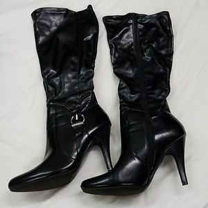 Dana Buchman high heal black boots